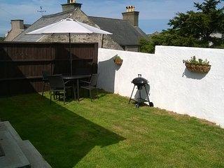 Cottage , Private, Enclosed Garden Area