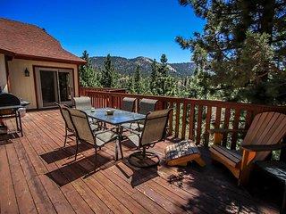 Stonehaven~Incredible Moonridge Home~Media Room~Pool Table~Spa~Gourmet Kitchen~