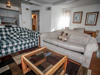 Big Bear Lake Holiday Apartment BL***********