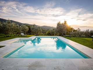 Gaggioleto, fascinating villa with panoramic view, Castiglion Fiorentino