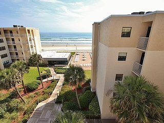 The Cozy Condo, New Smyrna Beach