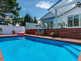 OXFORD ROAD EAST SORRENTO (S405269349) BOOK NOW FOR SUMMER BEFORE YOU MISS OUT, Sorrento