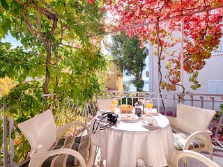 A terrace as a living room, Sibenik