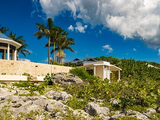 Negril Waterfront Villa Five, 5BR