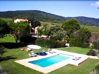 Villa Ambassador Z Relais: Luxury Retreat Wi-Fi, pool & garden, Capalbio Scalo