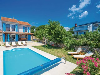 Villa Dory with outside heated swimming pool, Malinska