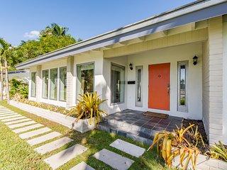Best Miami Deal! Mid Century Modern Bayview Home
