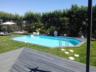 Jolie maison jumelée dans le site naturel  de la croix des gardes, Cannes
