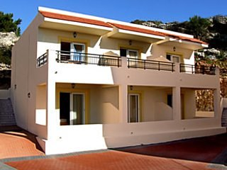 Coloma Studios 3, holiday rental in Pefkos