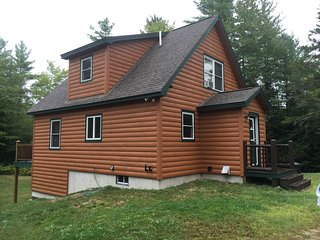 Country side achers 4 bed room Log Home, Bethel