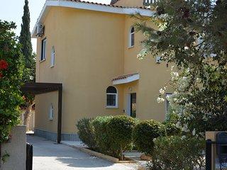 Villa Nadia Coral Bay