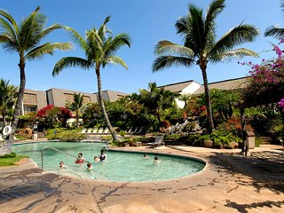 Maui Kamaole 2 Bedroom Den Garden View Ground Floor F103