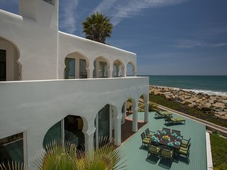 Sand Point Villa, Carpinteria