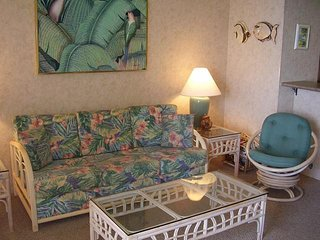 Sugar Beach Resort 1 Bedroom Ocean Front Penthouse 26, Kihei