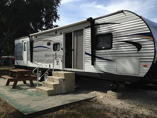 2 Bedroom Travel Trailer Rental in Central Park RV Resort