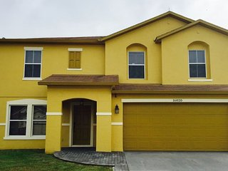 NEW VIP LUXURY FLORIDA GOLD VILLA NEAR DISNEY!, Orlando