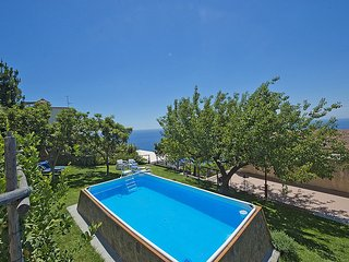 Praiano Villa Sleeps 7 with Pool Air Con and WiFi - 5229503