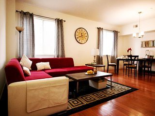 New 3 bedroom with sofa bed Bi level Apartment, Philadelphie