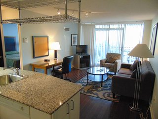 Executive 1BR Suite In Entertainment District - 3510