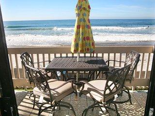 E20 - Tropical Paradise, Oceanside