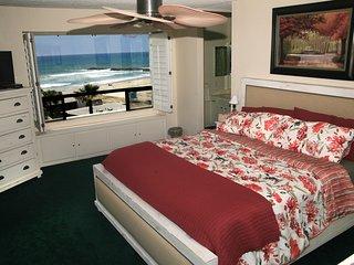 G326 - Ocean Retreat, Oceanside