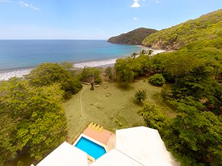 Beachfront House for rent in Playas Del Coco