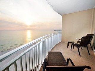 0804 Aqua Beachside Resort
