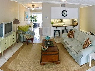 $135 / 2br - Beach Condo at St. Simons