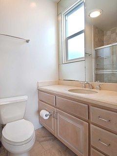 Master Bedroom 2's bathroom