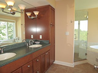 Custom Built New Home, 3 Minutes To Beach--014-B