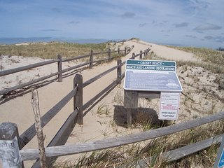 Sleeps 10 Near Crosby Landing Beach -- 050-B