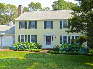 Sleeps 10 Near Crosby Landing Beach -- 050-B, Brewster