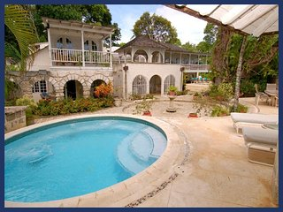 Stunning 6 Bed Beachfront Home with Infinity Pool, Sunset Crest