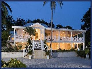 Stunning 8 bedroom house, beautiful surroundings . Outdoor dining and balcony, Saint Michael Parish