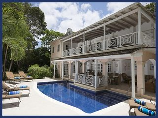 Stunning 4 Bed Home with Private Pool and Jacuzzi, Barbados