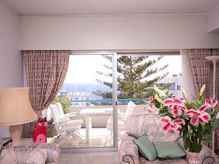 Bright sea view flat in complex with s/pool 50 m fm nice beaches restaurants etc, Agios Tychon