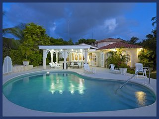 Luxury 4 Bed Beachfront Home - Caribbean Sea Views, The Garden