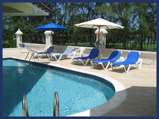 **DEALS AVAILABLE** CLOSE TO THE BEACH - NIGHTLIFE - RESTAURANTS - PLENTY TO DO, Sunset Crest