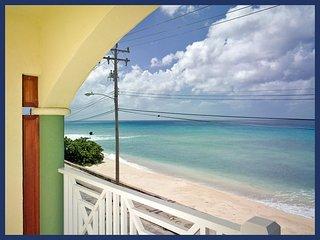 Fantastic 2 bedroom condo overlooking the ocean. Spacious living area with balcony., Speightstown