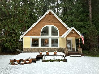 Front of house in the Winter.