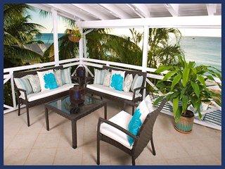 Luxury 2 Bedroom Beachfront Apartment, Paynes Bay