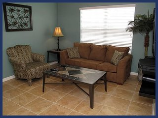 Perfect Family Condo - Close to Disney!, Celebration