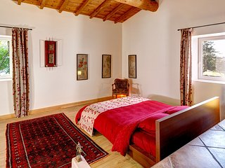 The 'Orient Suite' - Luxury B&B and Table d'Hote in a 200 years old Farmhouse