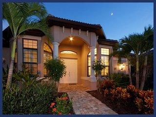 Ultra beautiful 4 bedroom luxury villa-BRAND NEW-4 bedrooms-Incredible views-Private dock-Pool, Saint James City