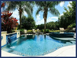 Stunning 5 Bed Home - Private Pool - Near Disney!, Reunion
