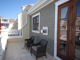 Le Jardin 153 3 Bedrooms condo ~ RA90299