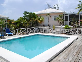 Colibri Gardens Villa - Excellent Value in the Heart of Grace Bay