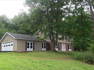 4 bd. Mt. Nittany Home rental on private 9 acres