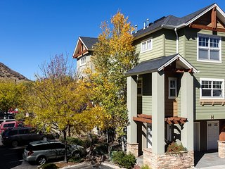 Parkside Terrace, Durango