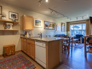 Gourmet Fully Equipped Kitchen; Granite Counter-tops